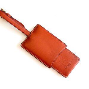 Coach | תג מזוודה מעוצב קואץ