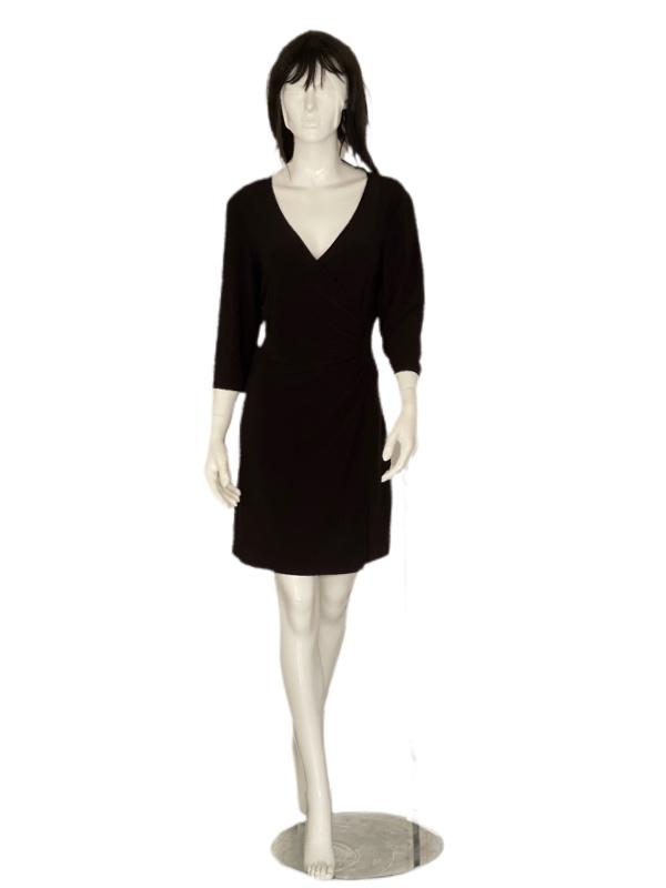 Laundry by Shelli Segal | שמלה שחורה לאנדרי בישלי סגל