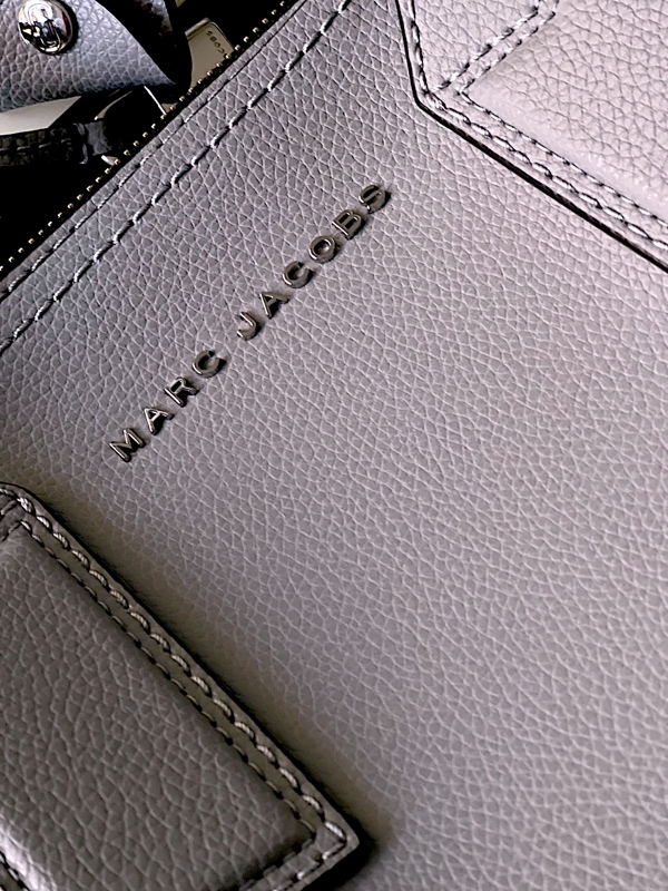Marc Jacobs | תיק אפור יוקרתי מארק ג'ייקובס