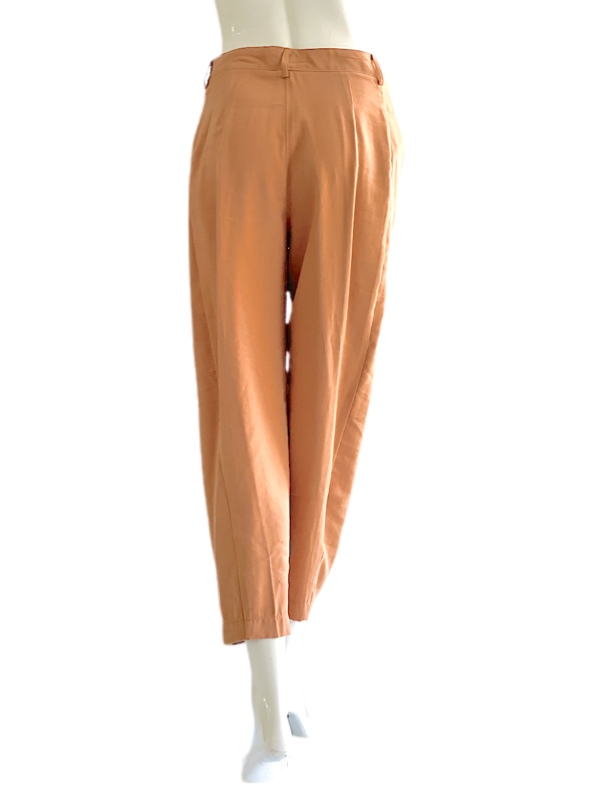 Biancoghiaccio   מכנס צבע שקד ביאנקוג'אצ'יו