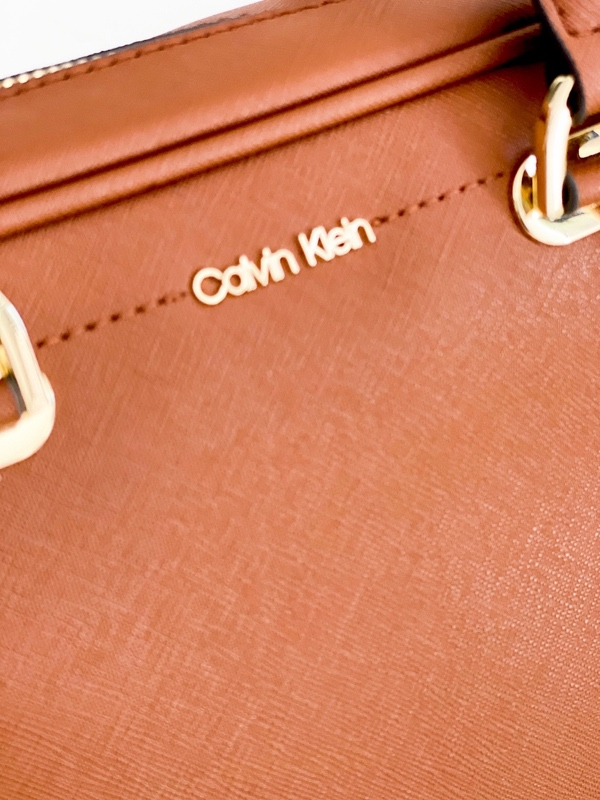 Calvin Klein | תיק חום מרבל קלוין קליין