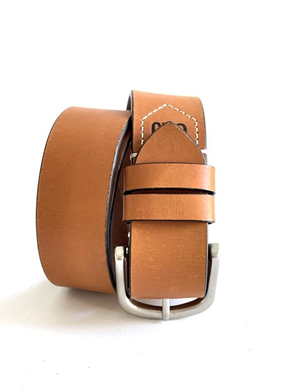 Calvin Klein | חגורת ג׳ינס לוגו חומה קלווין קליין