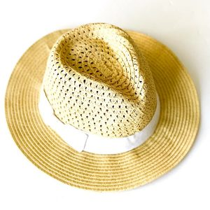 August Hat | כובע קש בז׳-לבן אוגוסט הט