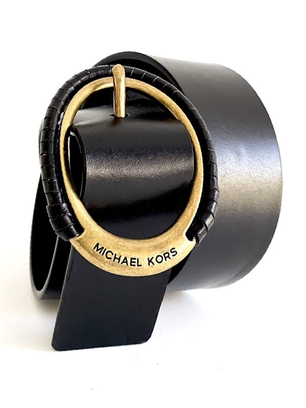 Michael Kors   חגורת עור אבזם אובלי מייקל קורס