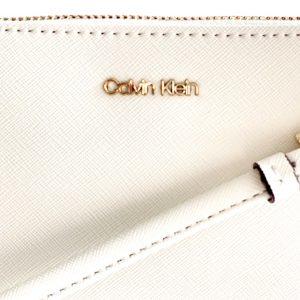 Calvin Klein | תיק צד קטן אופוויט קלוין קליין