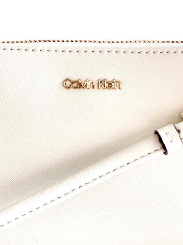 Calvin Klein   תיק צד קטן אופוויט קלוין קליין
