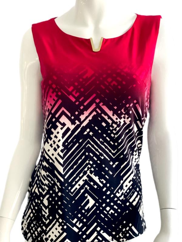 Calvin Klein | חולצה גאומטרית קלוין קליין