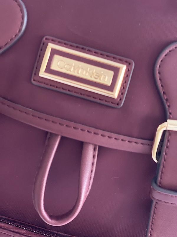 Calvin Klein   תיק גב בורדו קלוין קליין