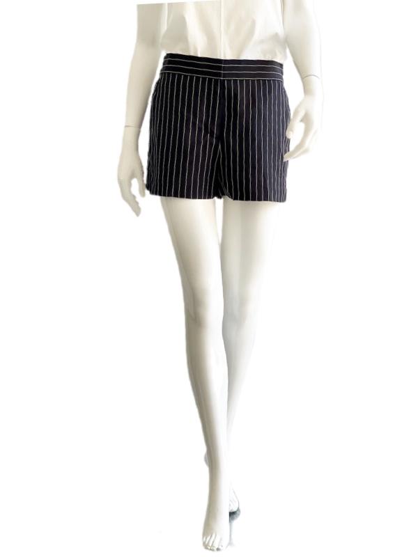DKNY-Donna Karan   מכנס קצר אלגנט פסים דונה קארן