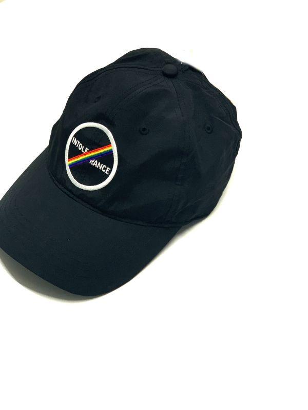 Kenneth Cole | כובע קסקט שחור קנת קול
